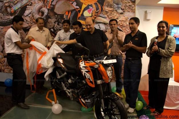 Deliveries of KTM Duke 200 begins in Bangalore - 001