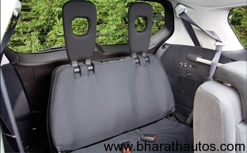 2012 Mitsubishi Outlander 7-seater - Interiors