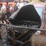 Maruti Ritz caught fire in Mangalore - 002