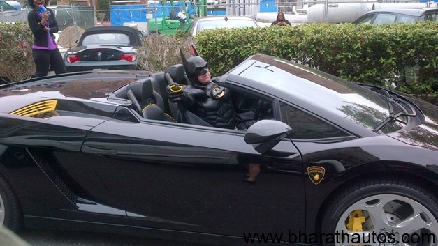 Batman Pulled Over For No License Plates On His Lamborghini