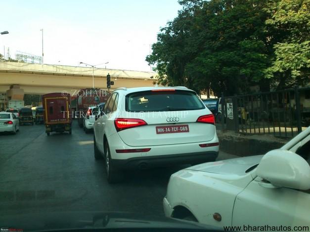 Facelifted Audi Q5 caught in lens at Mumbai - 002