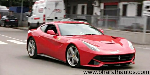 Ferrari F12 Berlinetta DRIFT and Accelerations