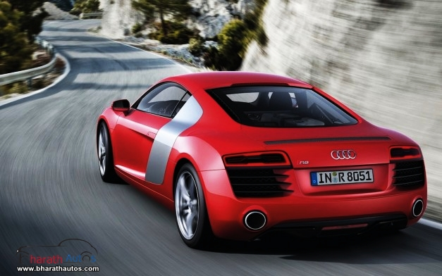 New Audi R8 - RearView