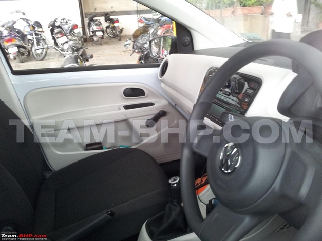 Volkswagen Up! 5-door hatch - DashView
