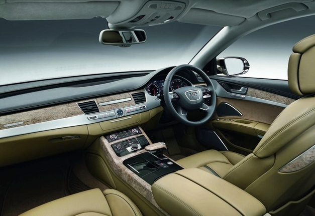 Audi A8L 4.2 TDI Quattro - Interior
