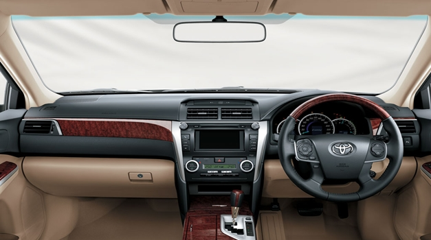 All New Toyota Camry - DashView
