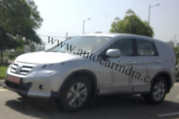 2013 Honda CR-V on Indian soil - FrontView
