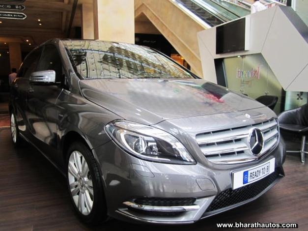 Mercedes-Benz B-Class Sports Tourer - FrontView