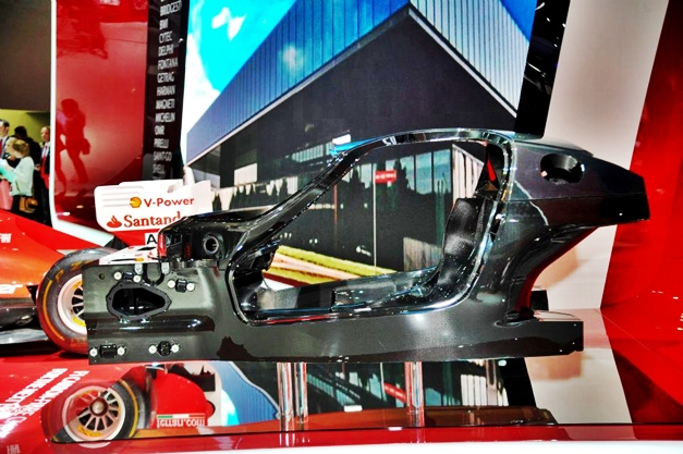 New Ferrari Enzo chassis - 003