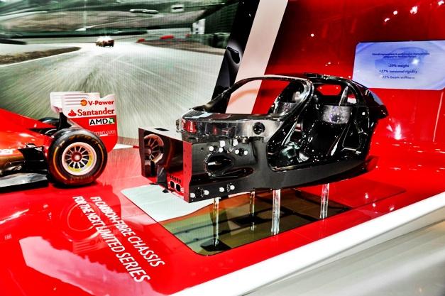 New Ferrari Enzo chassis - 001