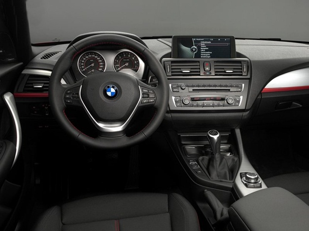 2013 BMW 1-Series - DashView