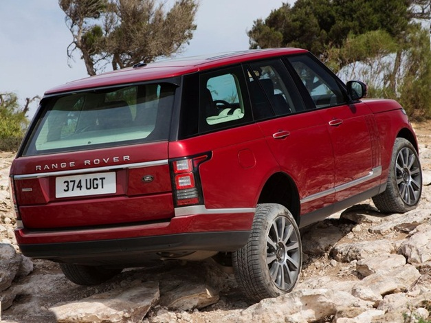 2013 Range Rover SUV - RearView