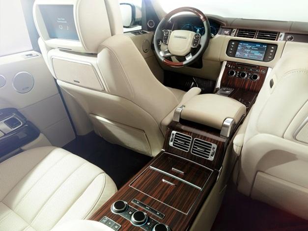 2013 Range Rover SUV - InteriorView