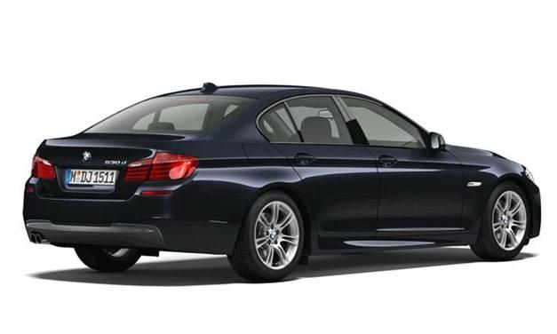 BMW 530d M Sport - RearView