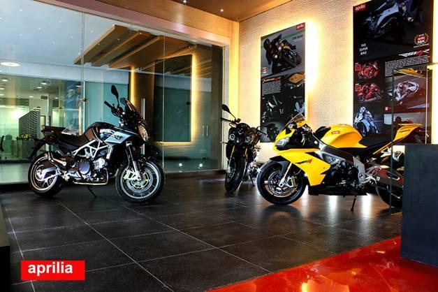 Moto Guzzi showroom in Gurgaon - 001