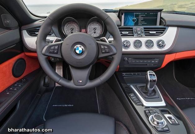 2014 BMW Z4 Roadster - DashView