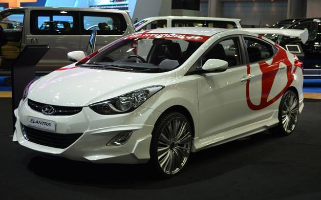 2012 Thai Motor Expo Hyundai Elantra Showcased In A