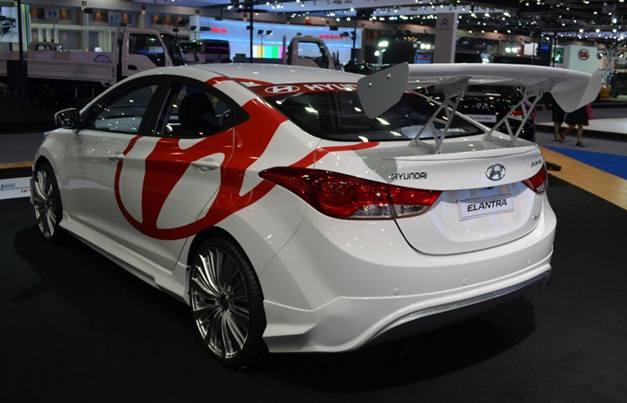 Hyundai Elantra at 2012 Thai Expo - RearView