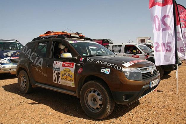 2013 Dakar Rally Renault Duster - 003