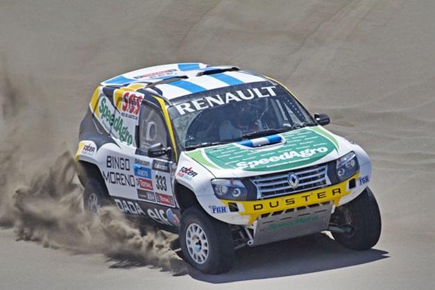 2013 Dakar Rally Renault Duster - 002