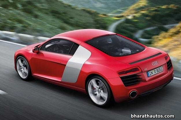 2013 Audi R8 sportscar - SideView