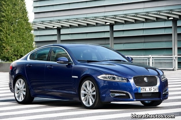 2013 Jaguar XF luxury sedan - FrontView
