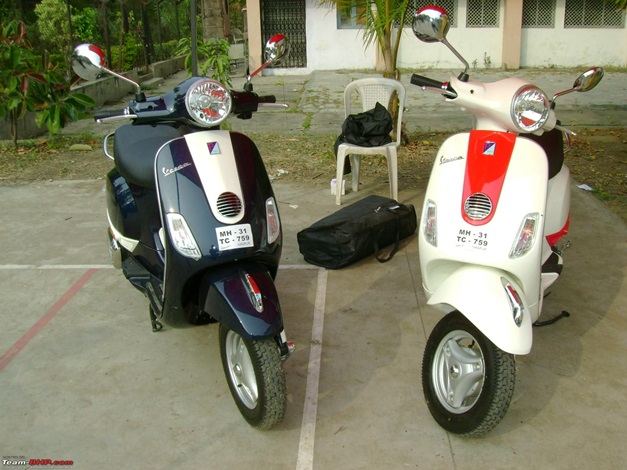 Piaggio Vespa LX125 with 2-tone paint job