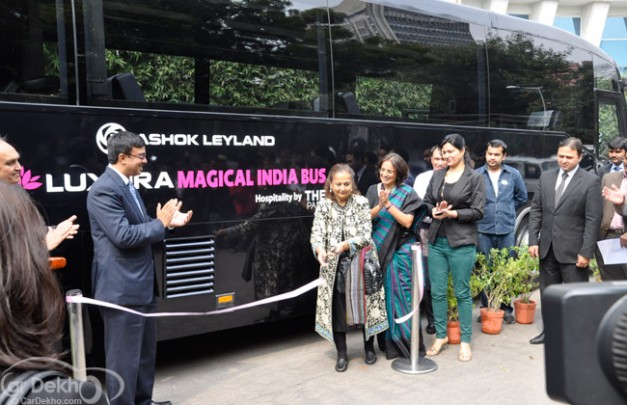 Luxura-Magical-Bus