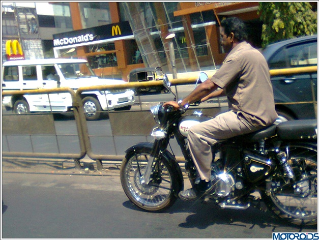 Royal Enfield Classic 500 (spied) - 002