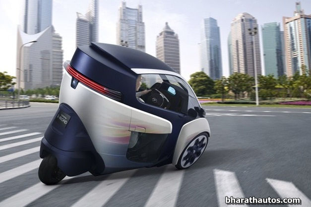 2013 Toyota i-Road Concept - RearSideView