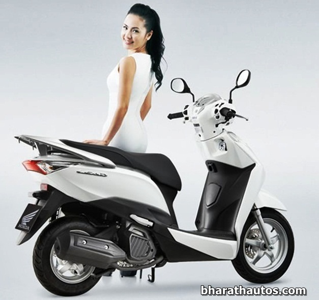Honda Lead 125cc scooter - 004