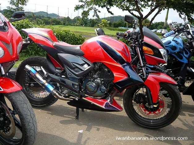 Apache RTR 250 Images, Wallpapers and Photos
