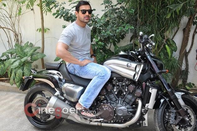 John Abraham gifts a Yamaha V-Max bike to director Sanjay Gupta - 006