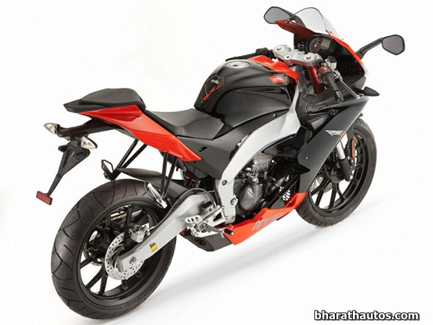 2011 Aprilia RS4 125 - RearView