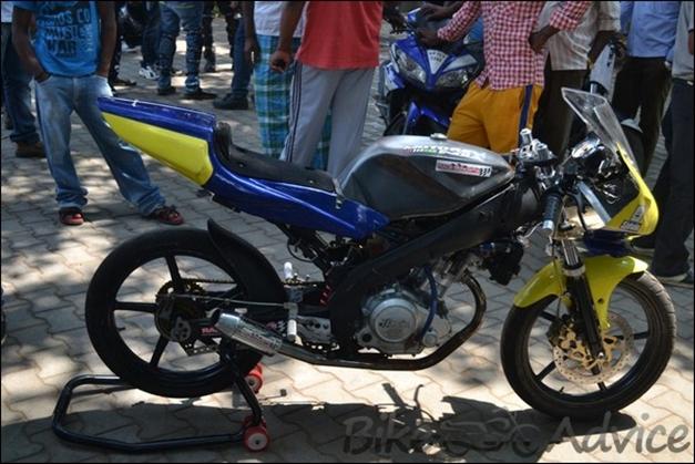 India's Fastest Street-Spec Yamaha R15 tuned by Joel