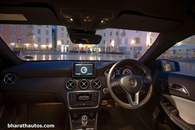 2013 Mercedes-Benz  A-Class - DashView
