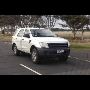 Spy Shots - 2015 Ford Endeavour SUV test mule spotted in Melbourne, due 2015