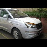 Spy Shots - Ssangyong's 11-seater Rodius seen at Mumbai, is it coming to India?