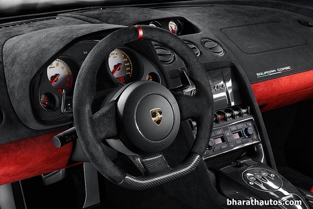 2013-Lamborghini-Gallardo-LP-570-4-Squadra-Corse-InteriorView