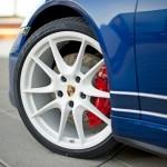 2013-Porsche-911-Carrera-4S-5-Million-Facebook-Fans-011