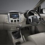 2013-toyota-innova-facelift-India-002