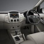 2013-toyota-innova-facelift-India-003