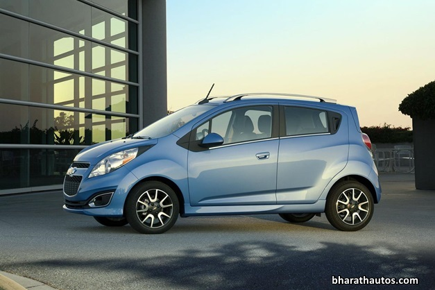 2014-Chevrolet-Beat-Spark-India-SideView
