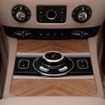2014-Rolls-Royce-Wraith-India-010
