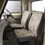 2013-Mahindra-Bolero-Pick_Up-Flat_Bed-002