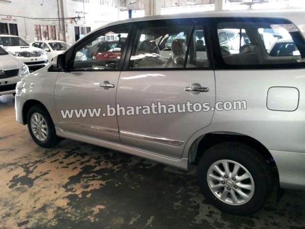 2014-Toyota-Innova-Facelift-Mangalore-SideView