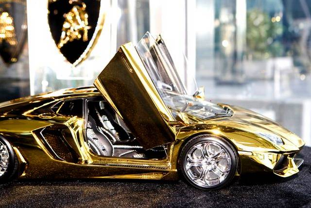 46 Crore Rupees Gold Lamborghini Aventador Awaits New