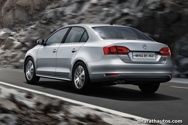 New-Volkswagen-Jetta-facelift-India-Rear-View
