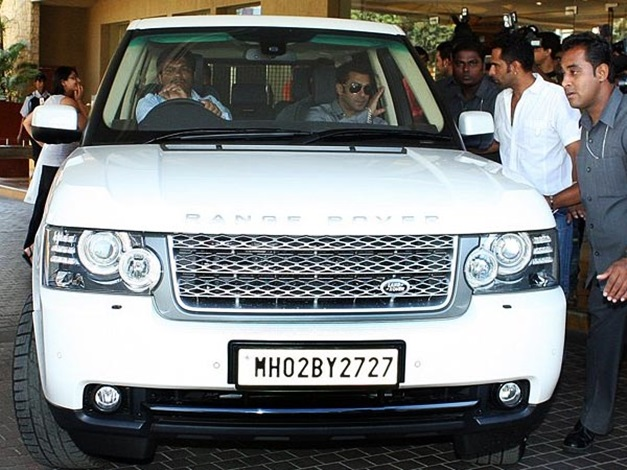 Salman-Khan-not-happy-with-land-rover
