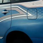 Toyota-Innova-Facelift-Body-Graphics